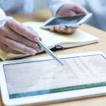 優秀な営業マンは多角的な提案を実現するために、3つの側面で顧客情報をリサーチを行う