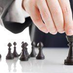 抜きんでた営業マンは、戦略をもって営業活動を行い長期的な取引成立を目指している